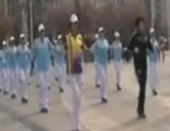 榆樹市四季紅中老年健身操視頻音樂 榆樹市2016第一套快樂舞步健身操(精編)(上)