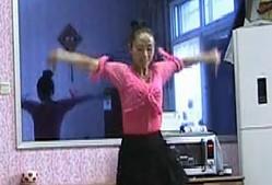绚舞广场舞《咪咕咪咕》演示与口令教学