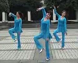 周思萍廣場舞系列 康定情歌 攝像制作大人