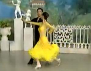 杨艺许玮娜教你跳慢三 第七讲藏族舞步单手转 华尔兹舞的通俗跳法