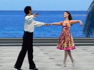 杨艺水兵舞第三讲 吉特巴演示教学 单手拉花扇形打开 规范交谊舞
