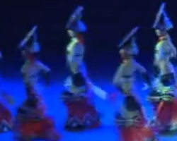 民族舞 女子群舞 裙儿摆摆 音乐视频免费下载