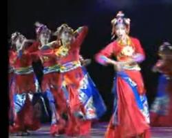 九荷作品银奖《戴天头》西藏军区政治部文工团