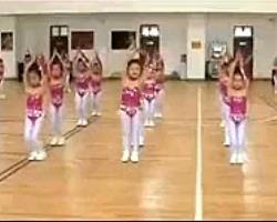 幼儿园韵律操儿童舞蹈 动作简单儿童舞蹈
