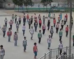 中学生兔子舞 时尚健身舞