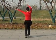 北京加州广场舞大姑娘美大姑娘浪 慧文背面演示