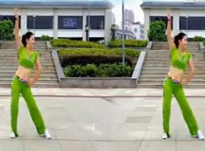 娇媚广场舞大街小巷都听我的歌 编舞杨丽萍 马健涛《大街小巷都听我的歌》歌词MP3下载