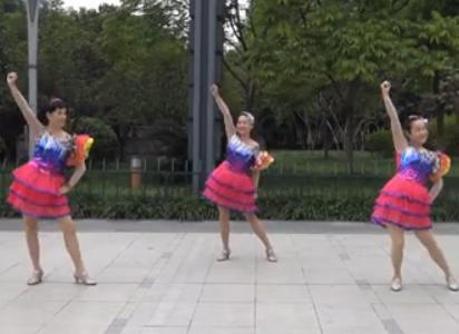 西湖莉莉广场舞中国正面背面演示 梁海洋《中国》歌词MP3下载