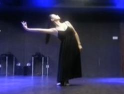 现代舞时间煮雨 黑天鹅舞蹈