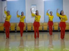 塔河蓉兒廣場舞大圣賀猴年正面背面演示教學 新年舞 朱貝貝《大圣賀猴年》歌詞MP3下載