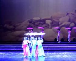 广场舞九江迷人的地方 九江百姓健康向向霞健身舞团 变队形广场舞表演
