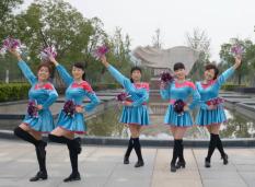 动动广场舞最美最美DJ含教学 36步自由舞步 何龙雨《最美最美》歌词MP3