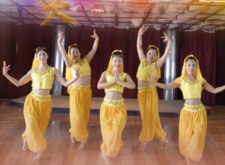 天姿广场舞哎呀好爱你正反面舞蹈视频 印巴风情广场舞