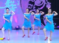 北京艺紫宁广场舞武林盟主团队演示 戴雪儿《舞林盟主》歌词MP3下载