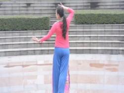 寒冬暖愛張春麗廣場舞背面演示 陳瑞《寒冬暖愛》歌詞歌曲MP3
