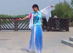 古典小扇舞送君 编舞李明琼 千江飞雪广场舞送君 歌手费玉清