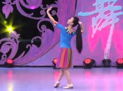 我家就在莎车住艺莞儿广场舞背面舞蹈视频 维吾尔族风格舞蹈