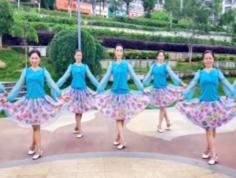江西娇娇飞雪广场舞语花蝶 团队正面舞蹈视频