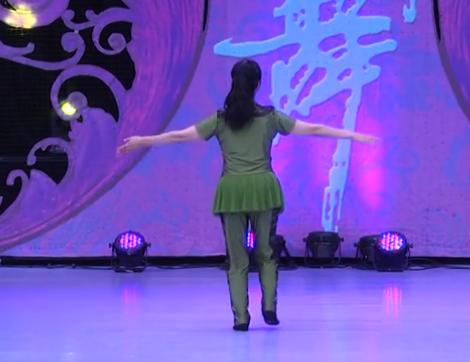 江西高安飛揚廣場舞 八一軍旗紅 背面展示 mp3音樂
