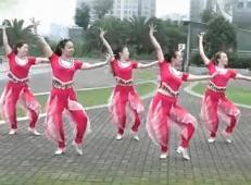 格格湘潭俪影广场舞西域情歌 团队演示 西域色彩舞蹈