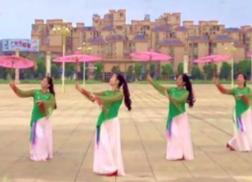阿中中梅梅翠翠广场舞油纸伞下正面背面演示 优美动人的中老年广场舞
