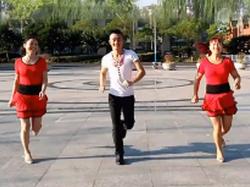 淓淓广场舞好听 鬼步舞 正反面舞蹈视频