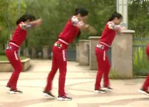 杨丽萍广场舞【妈妈的舞步】DJ拍手32步热身