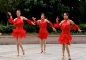 《花儿妹妹》凤凰香香广场舞