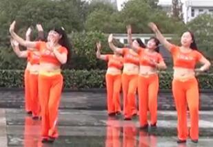 茉莉广场舞16人变队形《暖春V跳到北京》附教学