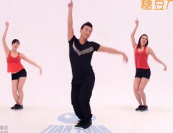 王广成健身广场舞《望春风》附教学