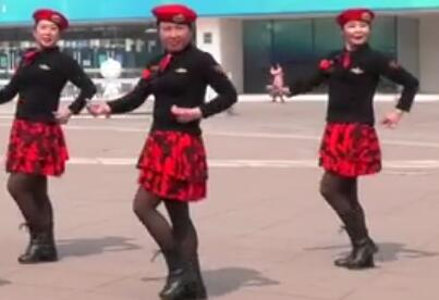 北京加州飞龙广场舞 没有你的陪伴我真的好孤单
