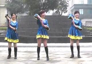 还是她最美 动动广场舞