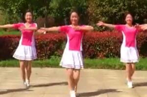列车奔驰在青藏高原江西鄱阳春英广场舞