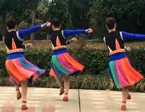 江西鄱阳春英广场舞《画眉》正背面演示与动作分解