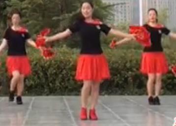 茉莉广场舞《咱们结婚吧》原创手绢花健身舞