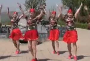 美久广场舞《水月亮》原创单人水舞