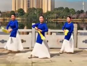 春英广场舞【锁千秋】丝巾古典舞