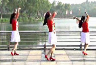 青兒廣場舞《從你的草原路過》視頻和舞曲免費下載