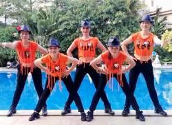 三亚美舞团广场舞现代舞注满舞池 正反面舞蹈视频