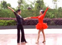 羽裳双人舞交谊舞在那东山顶上演示教学 休闲伦巴 舞曲谭晶《在那东山顶上》