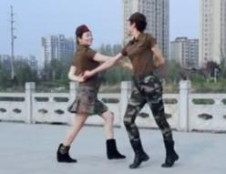 水兵舞阿哥阿妹 云舞健身队水兵舞阿哥阿妹