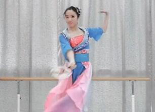 单色舞蹈古典舞《彩云追月》优雅